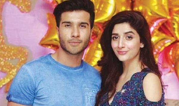Maur With Feroz Khan