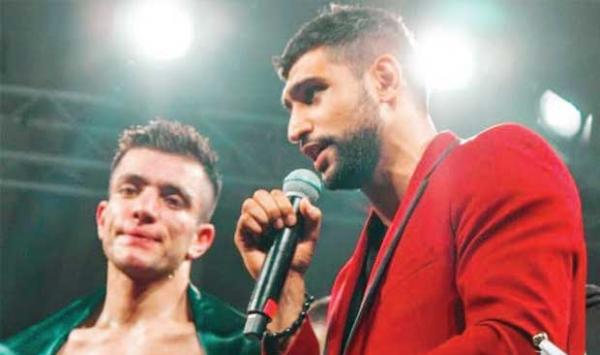 British Boxer Aamir Khans Announcement Usman Cant Play With Wazir