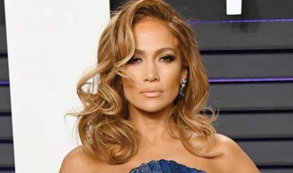 Jennifer Lopezs Engagement Is Over