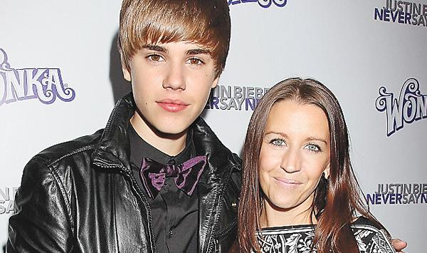 Justin Bieber Was Scolded By His Mother