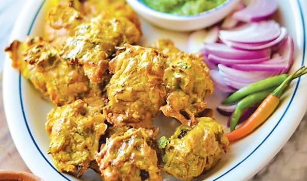Spicy Chicken Fritters