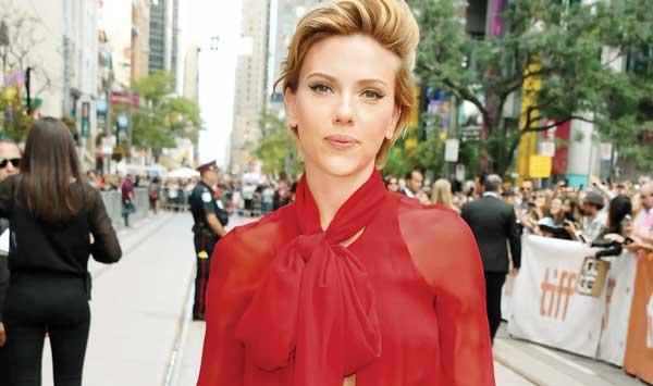 My Political Thinking Does Not Affect My Career Scarlett Johansson